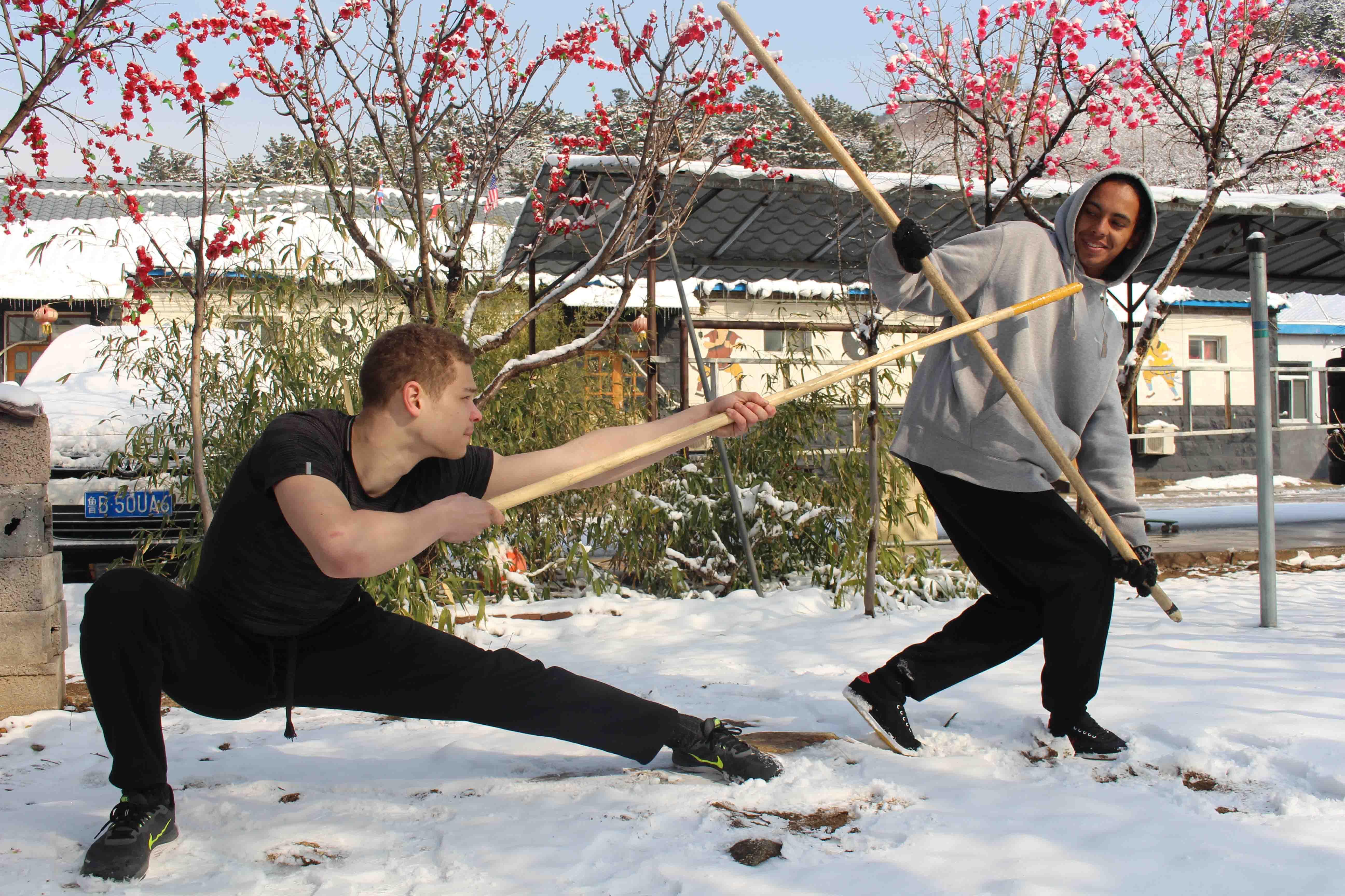 traditional Kungfu training in Tianmeng school(weapon training))